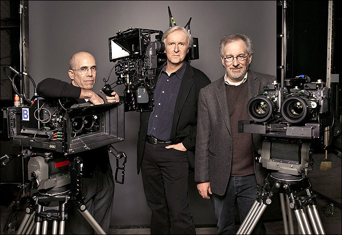 Harry Potter Camera Crew : James cameron attacks harry potter series .. again!