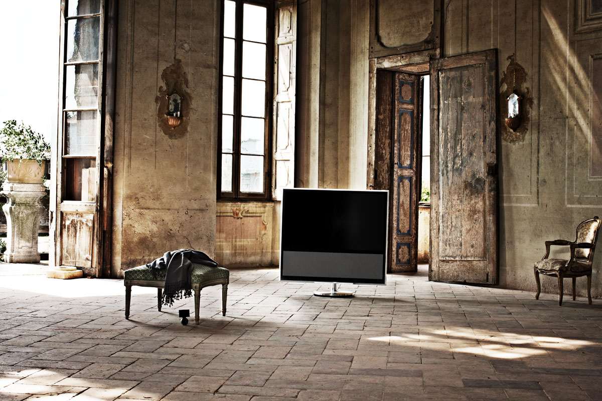 bang olufsen launches beovision 11 flatpanelshd. Black Bedroom Furniture Sets. Home Design Ideas