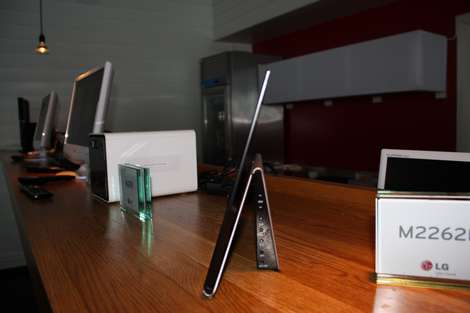 LG unveils new 2010 line-up