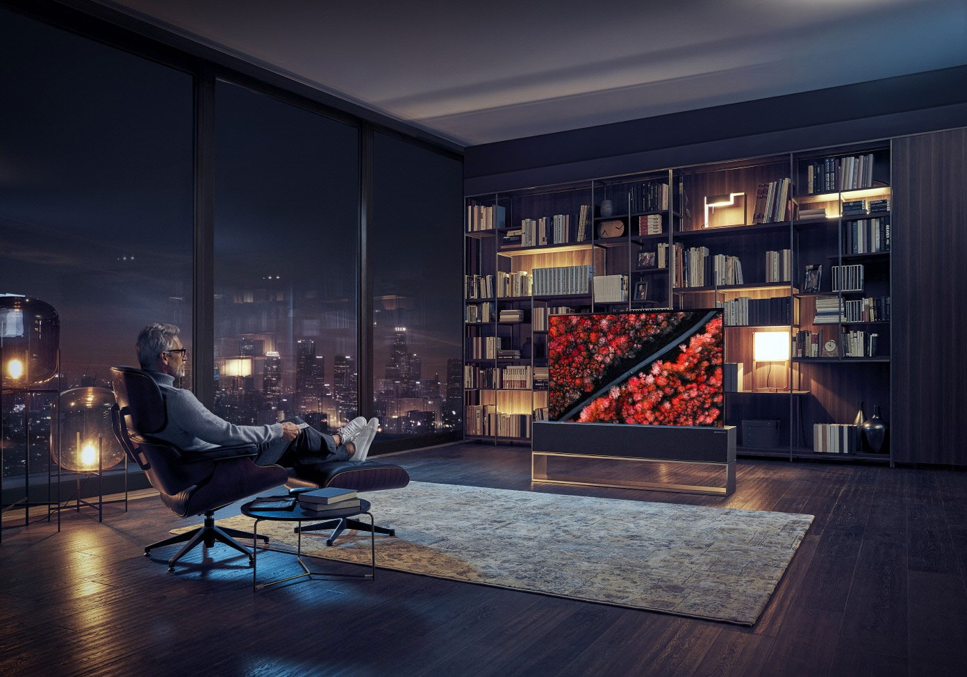 LG introduces world's first rollable OLED TV (R9 ...