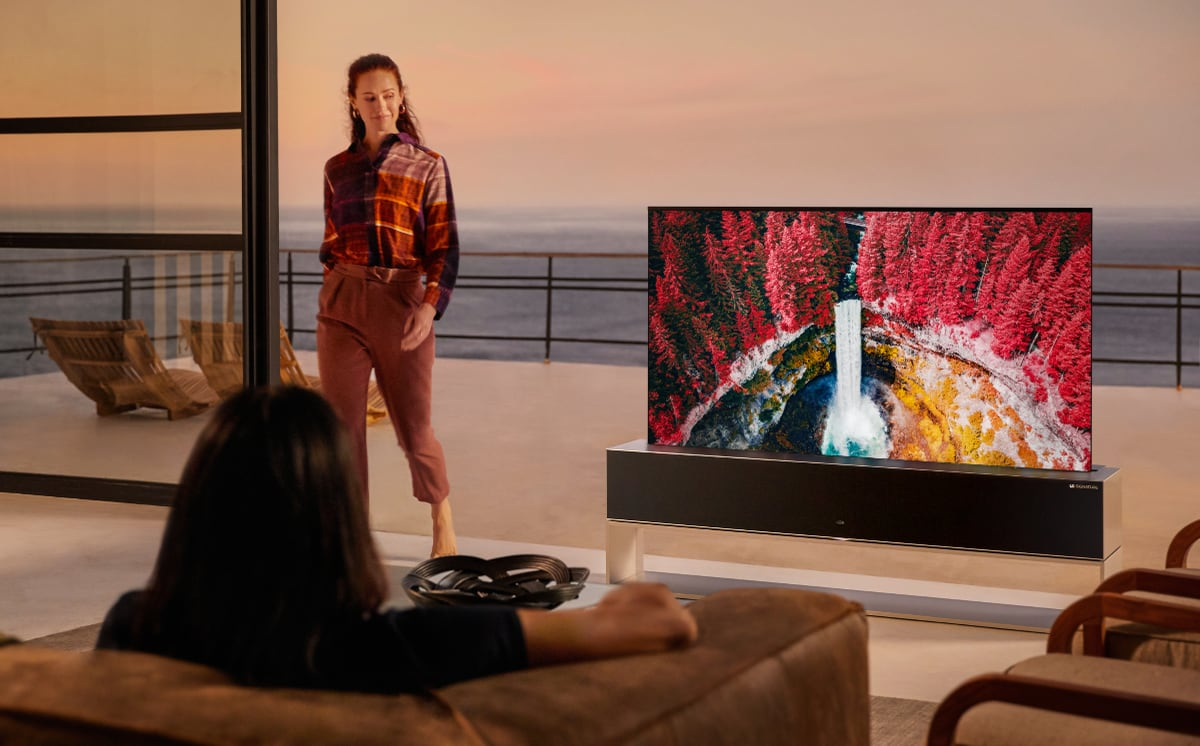 LG RX Rollable OLED TV