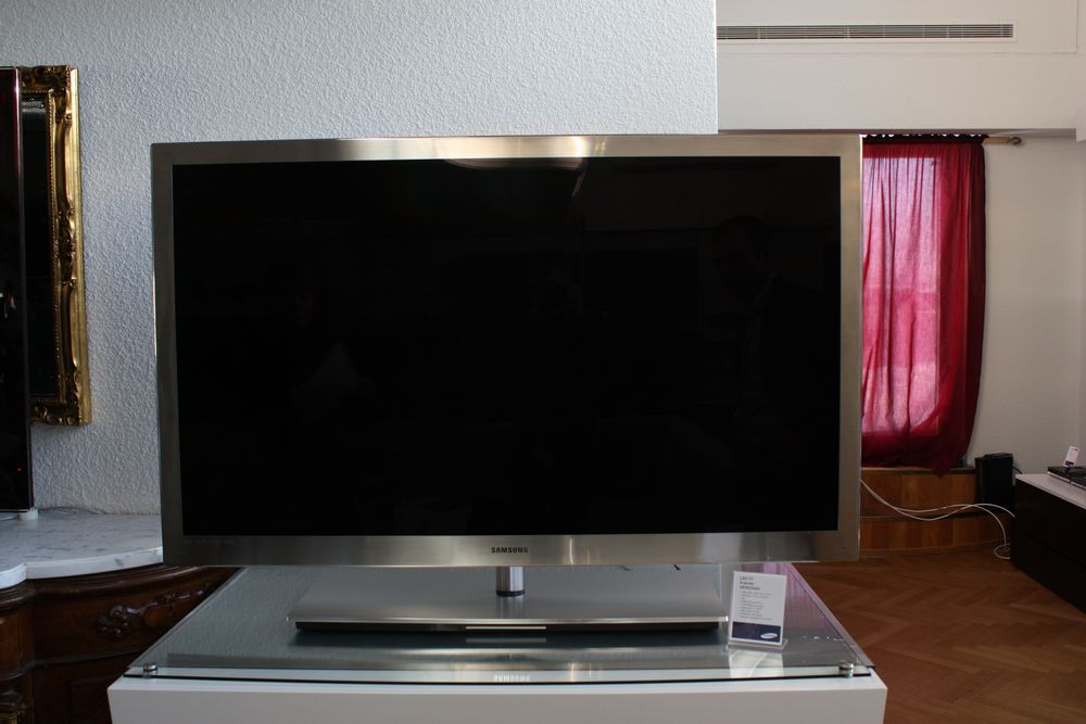 Flat Tv Stand Designs : Samsung tv line up with impressions flatpanelshd