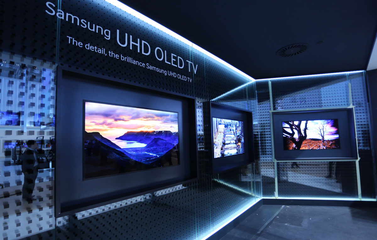 samsung rumored to return to oled tvs in 2018 flatpanelshd. Black Bedroom Furniture Sets. Home Design Ideas
