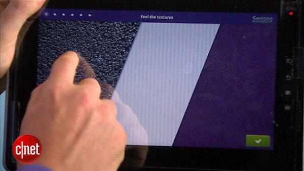 A tactile screen imitates different surface structures