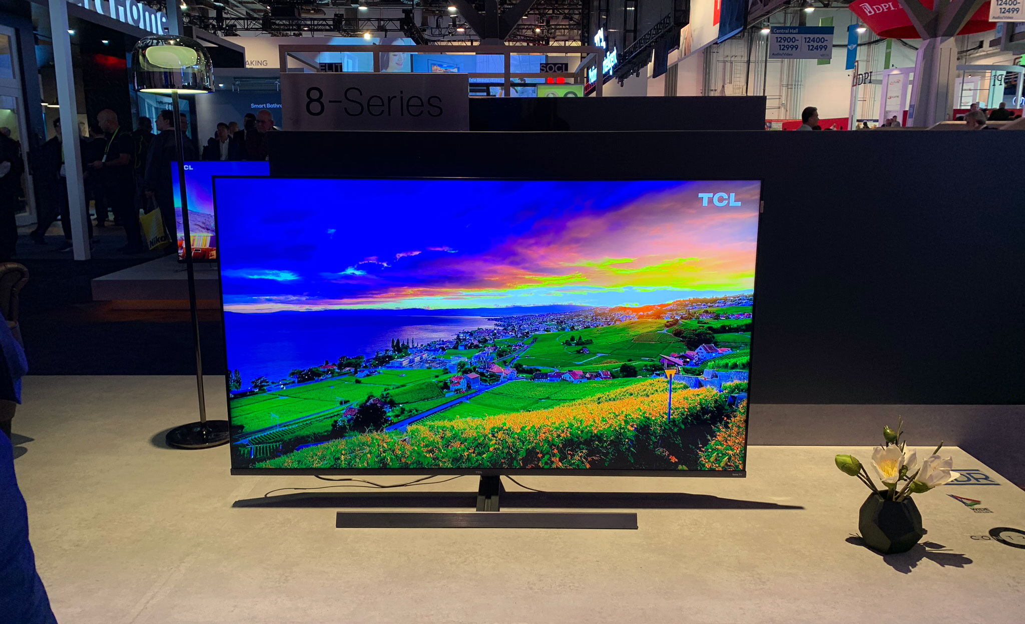 TCL to introduce miniLED-based 4K & 8K LCD TVs this year